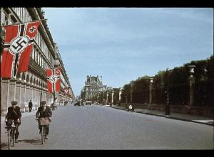 Rue de Rivoli, Paris sometime between 1940-44 by Andre Zucca